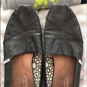 Well loved black glitter women's toms, size 10